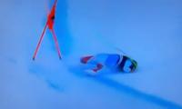 瑞士高山滑雪速降选手出现严重事故:骨盆被撞骨折