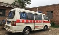 醉汉突然开走救护车狂奔 22岁护士被甩车外丧生