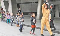 东京为外国人举行防灾演习(图)
