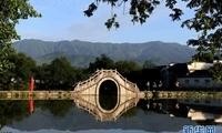晨之宏村 景色迷人