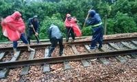 铁路河南境内部分区段受暴雨影响封锁 17趟列车晚点