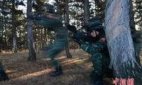 """吉林武警""""魔鬼周""""特练 队员极寒天气挑战极限"""