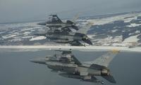 渔民要美军赔偿:驻日美军F-16战机空中丢副油箱引不满