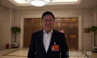 王宁利委员:立足专业优势做科研 解决民众近视高发问题