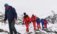 珠峰测量登山队抵达海拔6500米前进营地