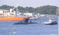 加拿大潜艇首次访问日本
