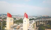 南京长江大桥桥头堡修葺一新 正式亮相(图)